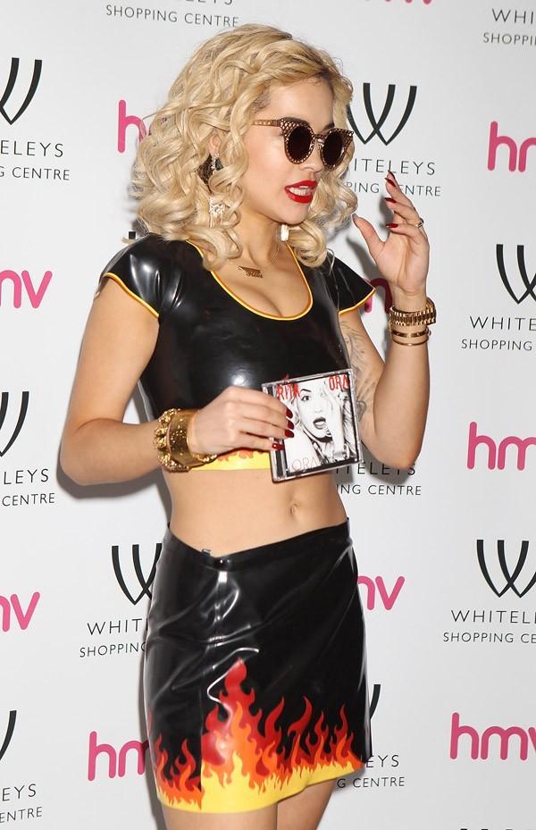 Rita Ora à Londres le 28 août 2012 pour le lancement de son album