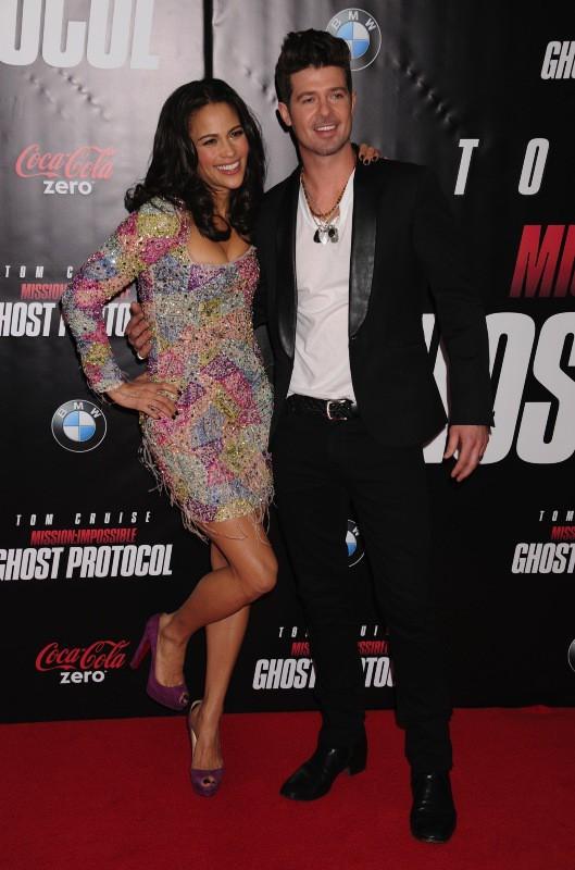 Robin Thicke et Paula Patton le 19 décembre 2011 !