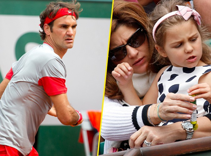 Roland Garros 2014 : Roger Federer soutenu par toutes ses femmes pour son entrée dans le tournoi !