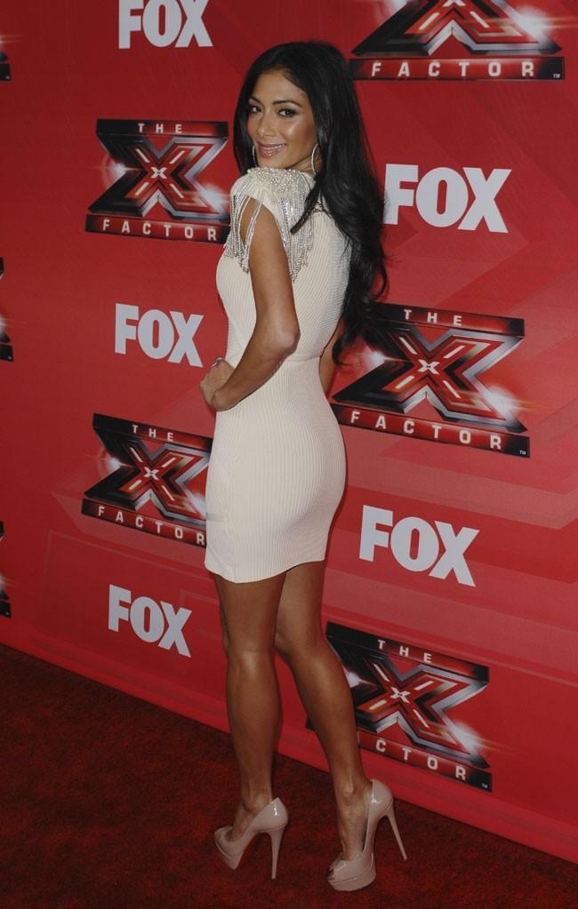 Nicole Scherzinger, le blanc ne la grossit pas !