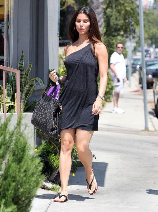 Roselyn Sanchez à Beverly hills, le 31 août 2011.