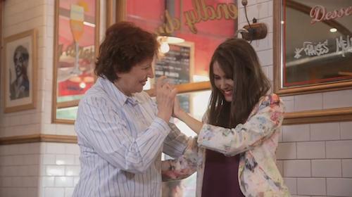 Photos : Roselyne Bachelot : un petit tour de valse dans le clip de Joyce Jonathan !