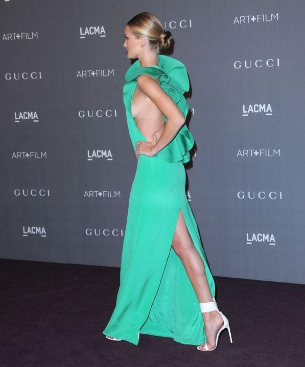 Rosie Huntington-Whiteley à la soirée LACMA Art 2012 + Film Gala le 27 octobre 2012