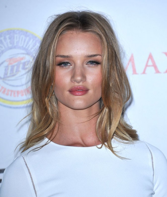 "Rosie Huntington-Whiteley lors de la soirée ""Maxim Hot 100 list"" à Hollywood, 11 mai 2011."