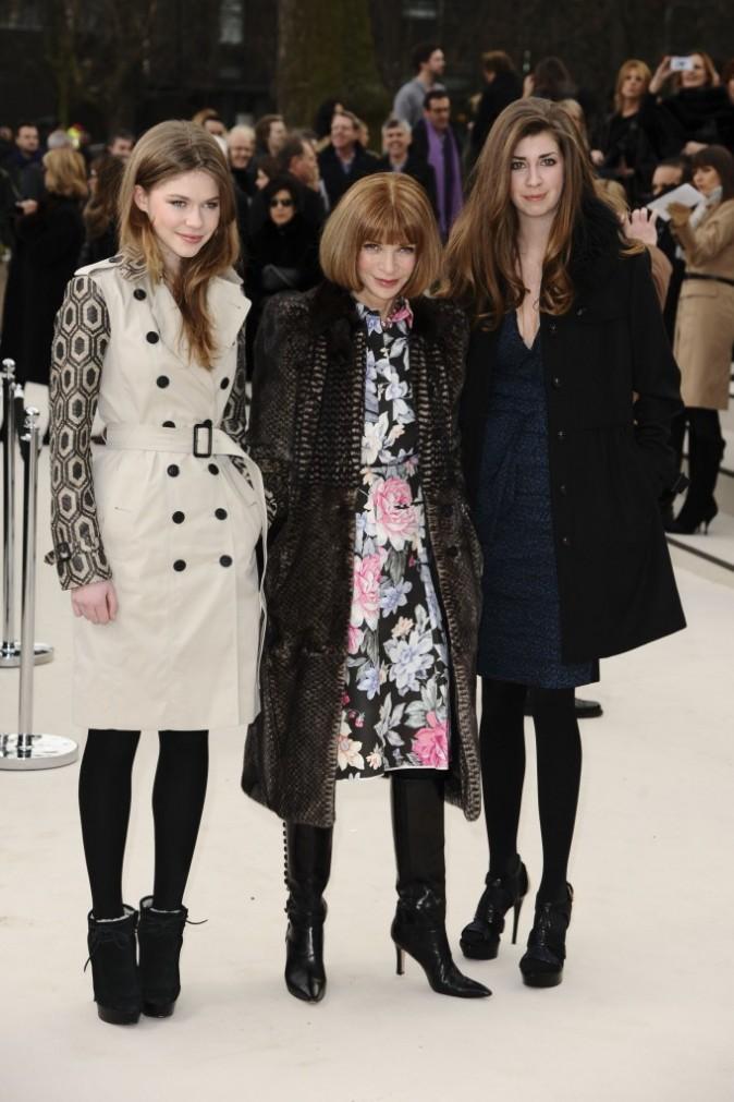 Anna Wintour et sa nièce Ellie lors du défilé Burberry à Londres, le 20 février 2012.