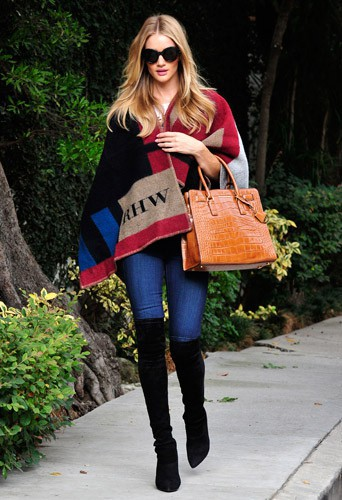 Rosie Huntington-Whiteley : divine en mode casual chic !