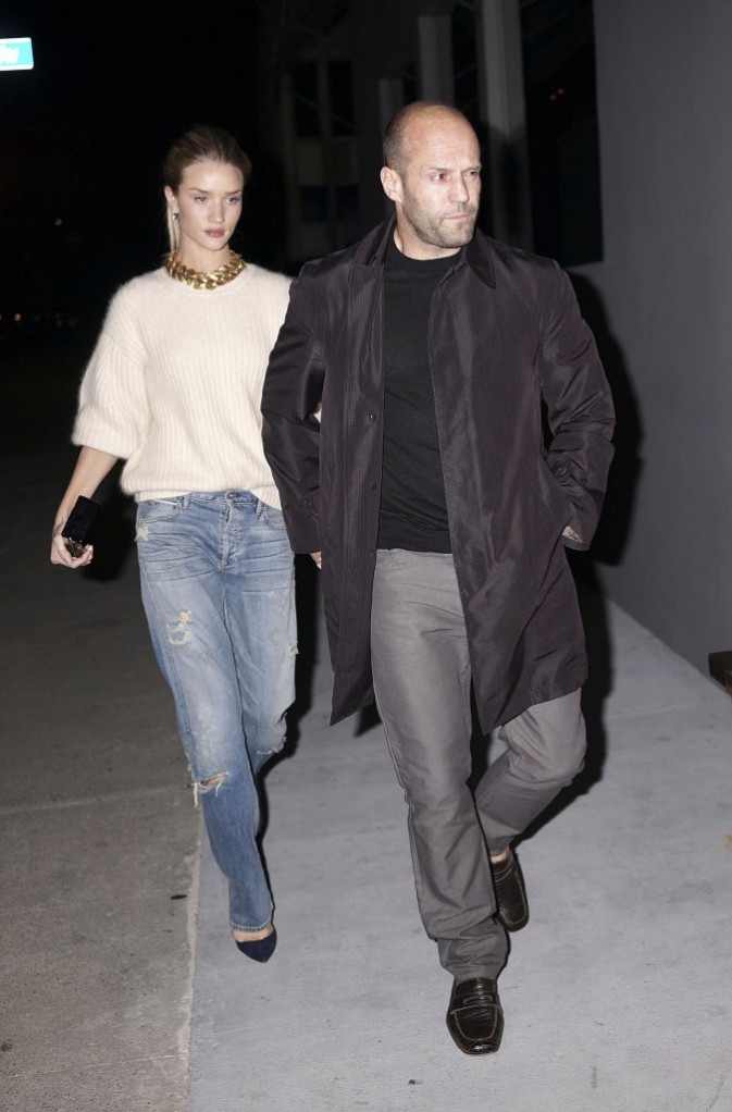 Rosie Huntington-Whiteley et Jason Statham à West Hollywood, le 4 mars 2014.