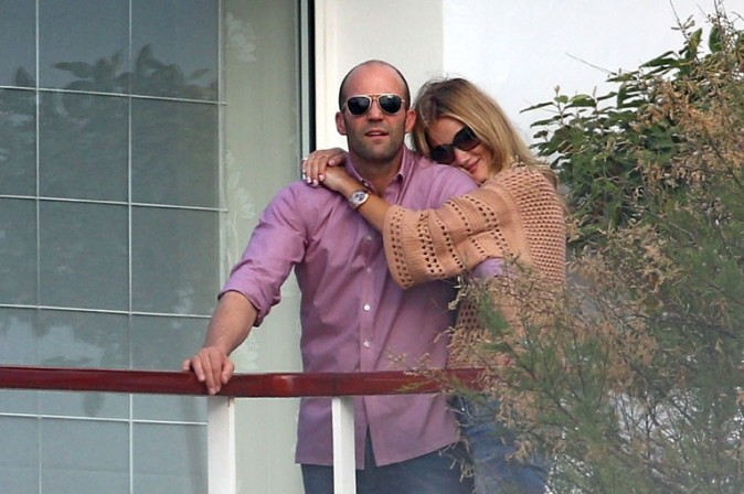 Rosie Huntington-Whiteley et Jason Statham en vacances à Antibes le 8 juin 2013