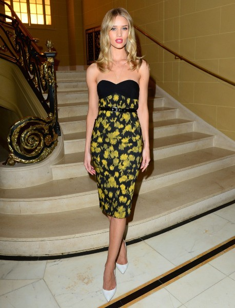 Rosie Huntington-Whiteley au Café Royal à Londres, le 25 avril 2013.