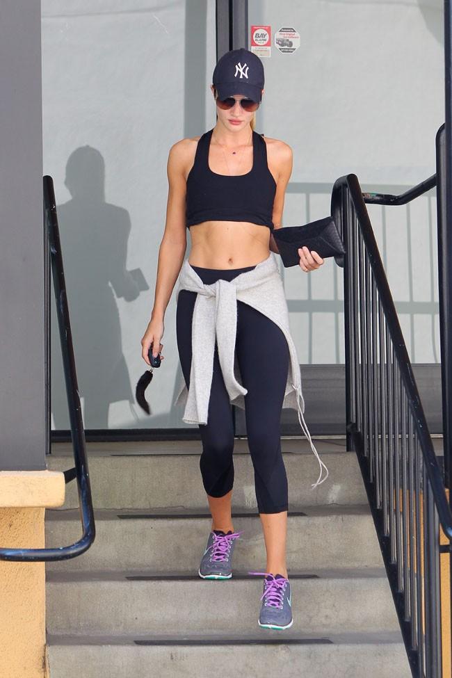 Rosie Huntington-Whiteley à la sortie de sa salle de sport à Studio City le 7 août 2013