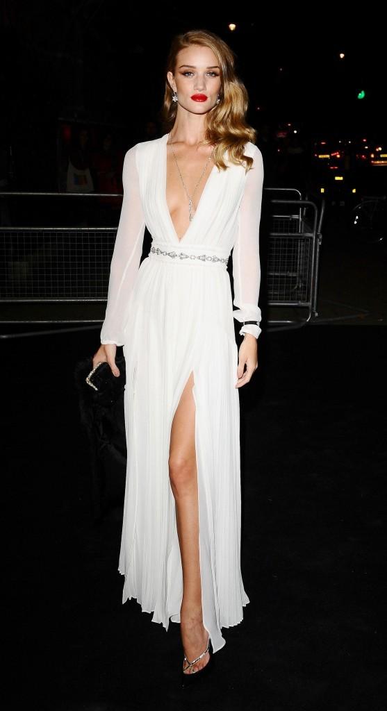 Rosie Huntington-Whiteley lors de la soirée Moët & Chandon Etoile Award Ceremony à Londres, le 19 septembre 2011.