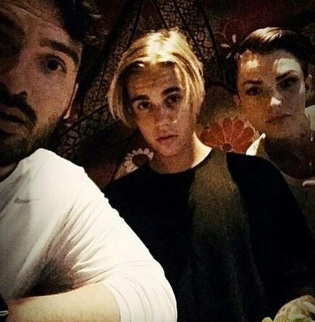 Ruby Rose et Justin Bieber à Los Angeles le 26 juillet 2015