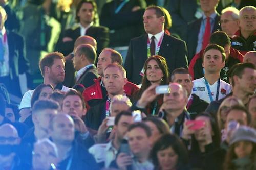 Photos : Rugby : Kate Middleton et le prince William déchainés face à Harry dépité !