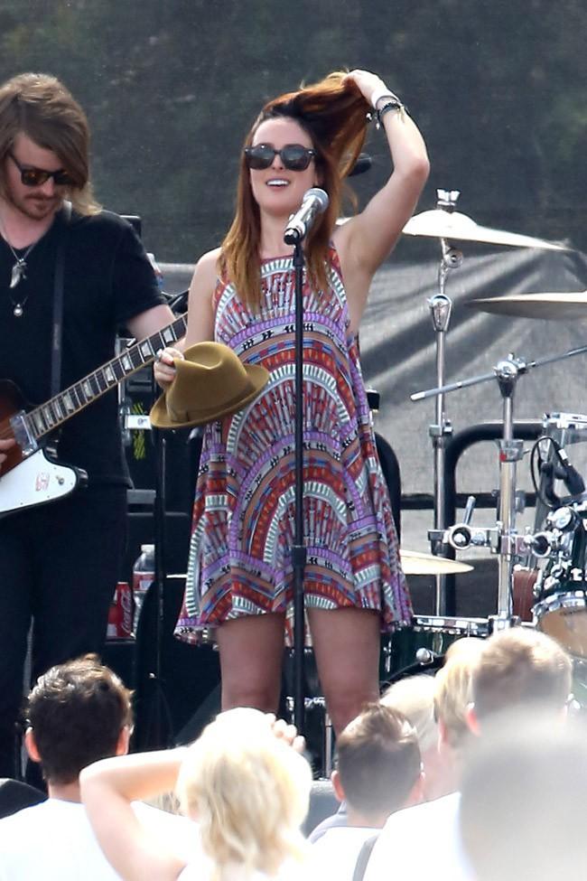 Rumer Willis en concert à Los Angeles le 14 juillet 2013