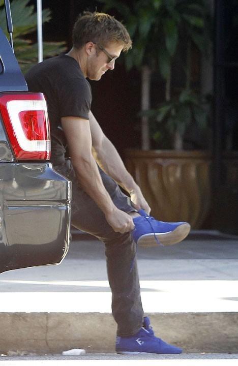 Les chaussures, c'est mieux pour conduire !