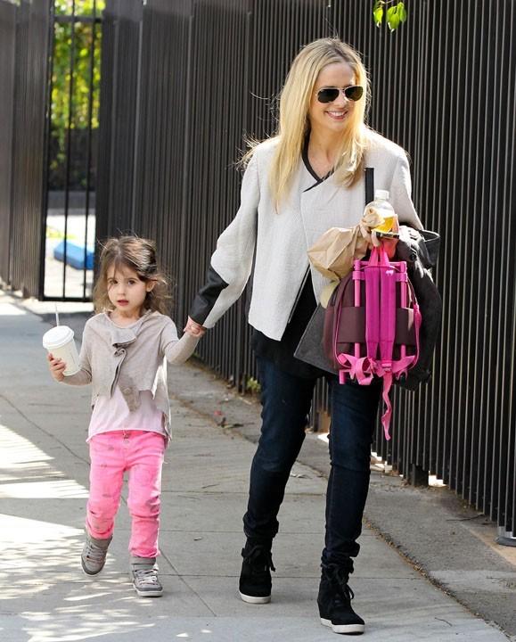 Sarah Michelle Gellar avec sa fille Charlotte à Santa Monica le 21 février 2013