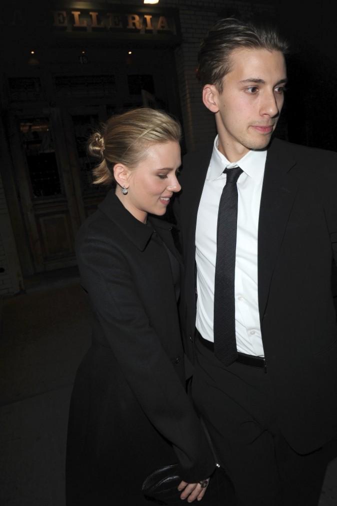 Scarlett Johansson et son frère juleau à New-York hier soir