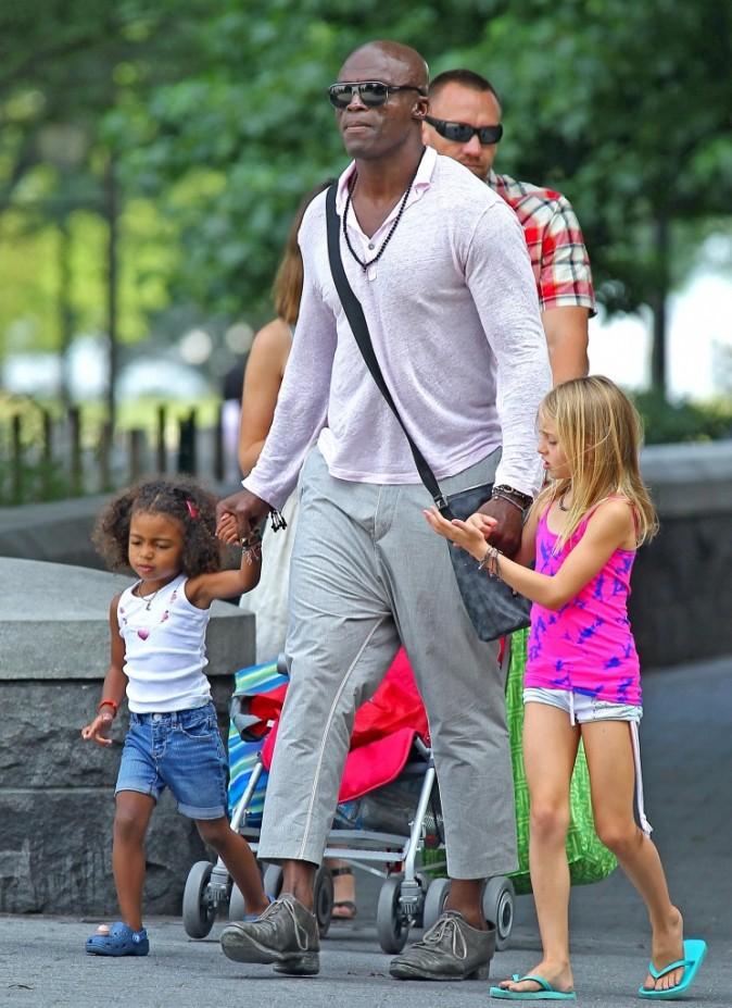 Les filles profitent de leur papa !