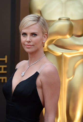 Charlize Theron à Los Angeles le 2 mars 2014