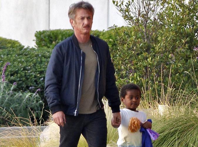Sean Penn voir Cendrillon avec Jackson... Pendant que Charlize Theron est à Paris !