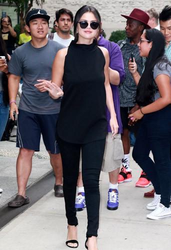 Selena Gomez d�voile une nouvelle version (plus hot) de Good For You !