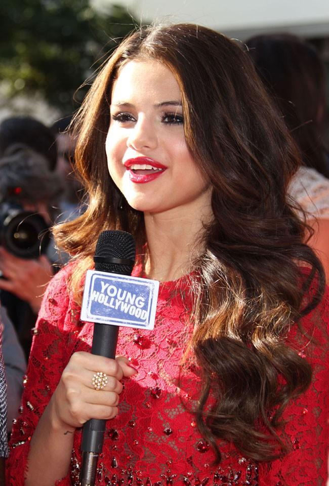 Selena Gomez sur le tapis rouge des ESPY Awards, à Los Angeles, le 17 juillet 2013