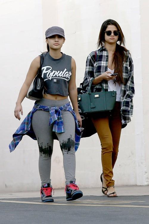 Photos : Selena Gomez : séparée de son Justin le temps d'une pause shopping !