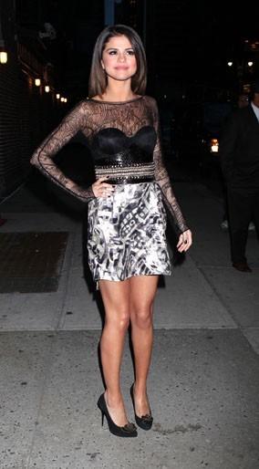 Vous aimez sa robe ?