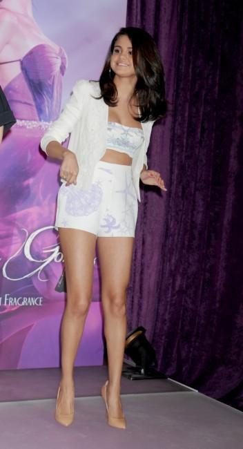 Selena Gomez lors du lancement de son parfum chez Macy's à New York, le 9 juin 2012.