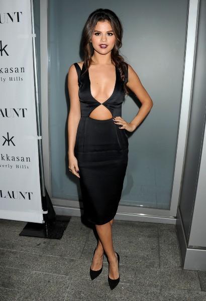 """Selena Gomez lors de la soirée """"Flaunt Magazine"""" à Beverly Hills, le 7 novembre 2013."""