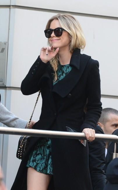 Ashley Benson le 18 février 2013 à Paris
