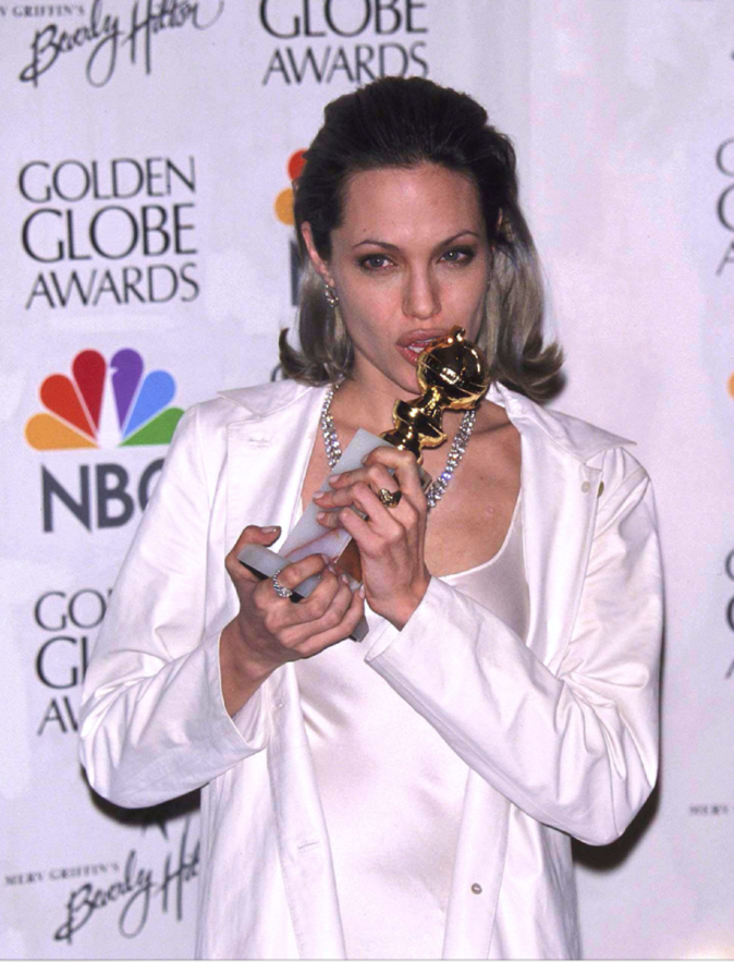 Photos : Sexe, drogues... comment Angelina Jolie s'est rachetée une conduite grâce à Brad Pitt