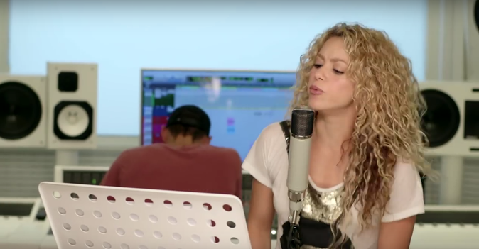 Photos : Shakira : belle gazelle pour le clip de Try Everything