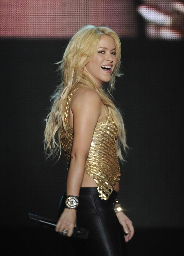 La belle Shakira ne dormira pas toute seule ce soir !