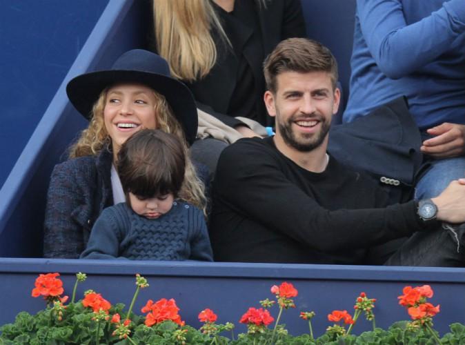 Shakira rayonnante, Gerard Piqué papa gaga... Ça respire le bonheur à Barcelone !