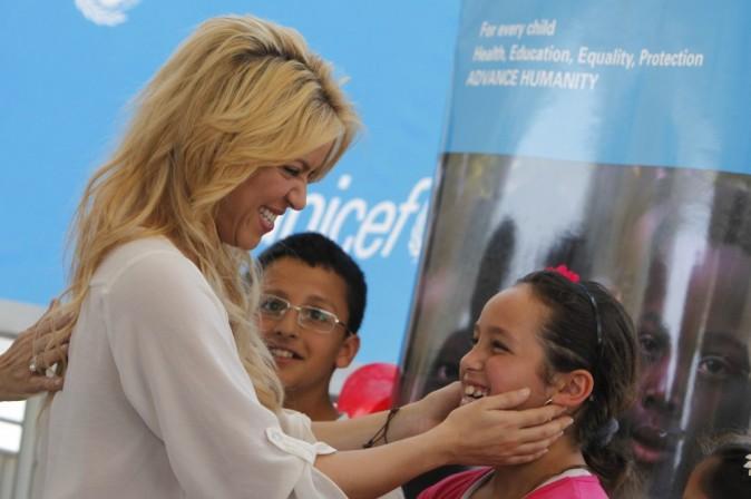 Shakira redonne la vue à une enfant !