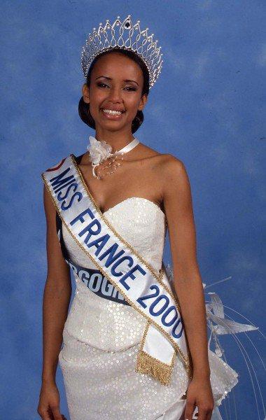 Sonia Rolland couronnée Miss France en 2000
