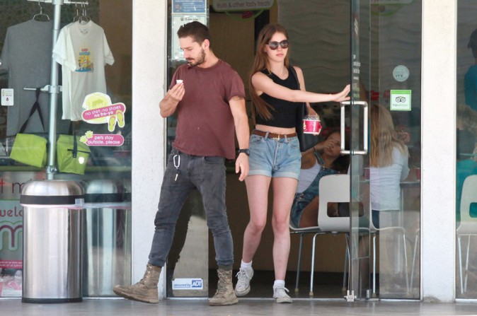 Photos : Shia Labeouf : loin du scandale, il reprend du poil de la bête avec sa girlfriend