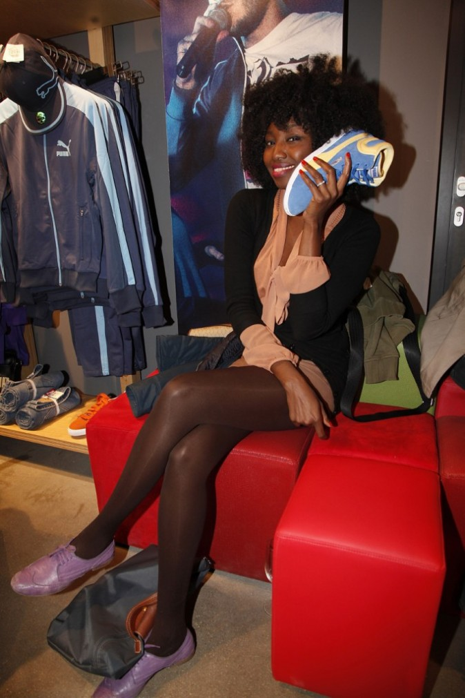 Non Inna c'est une chaussure, pas un téléphone !