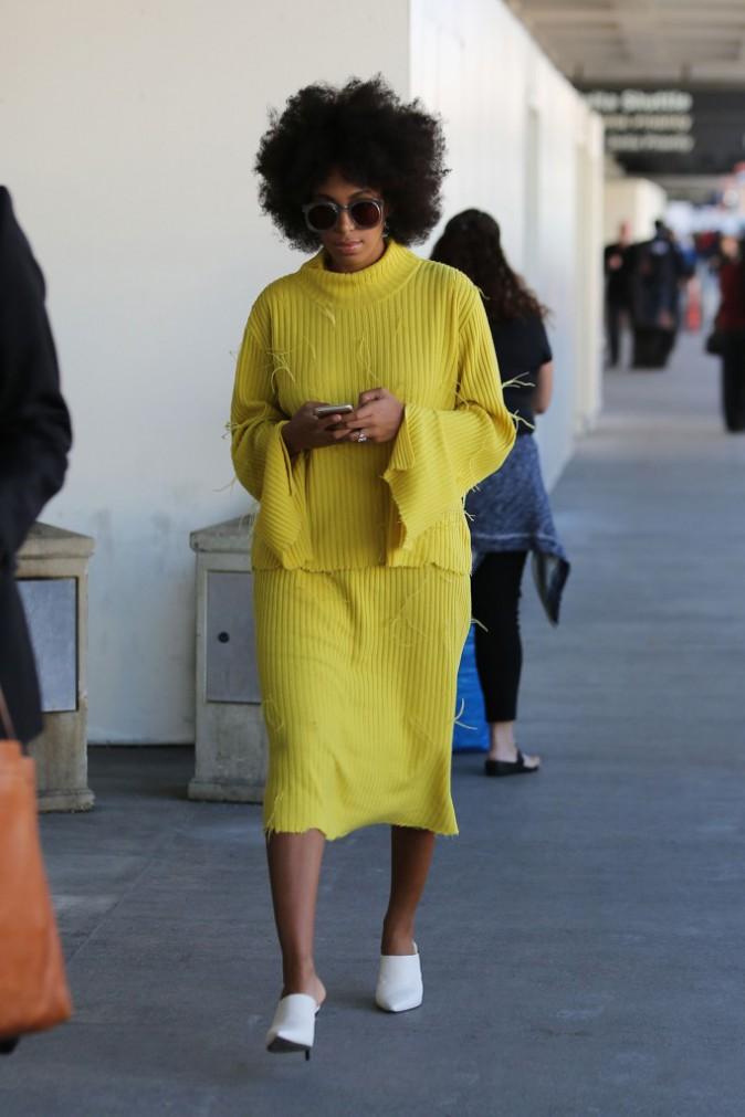 Photos : Solange Knowles : l'alerte au fashion faux-pas doit-elle être déclenchée ?