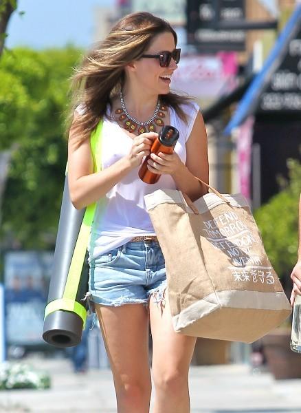 Sophia Bush en shopping à L.A., le 31 juillet 2012.