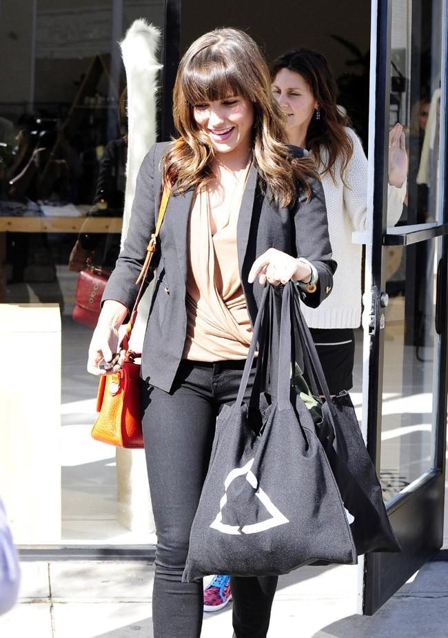 Sophia Bush avec des amies à West Hollywood le 26 février 2013