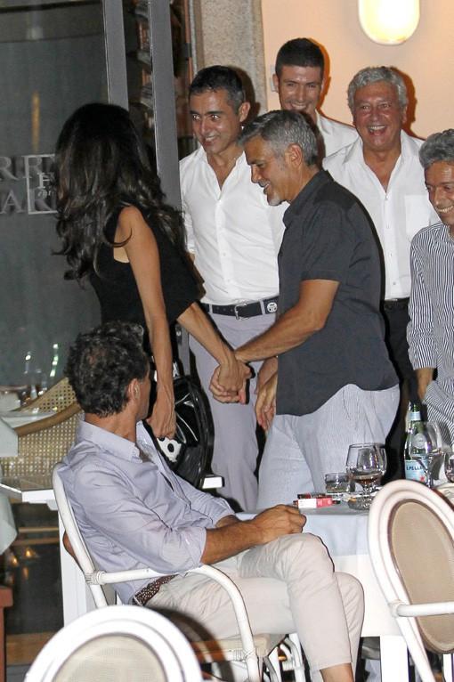 Amal et George Clooney au Lac de Côme le 22 juillet 2015