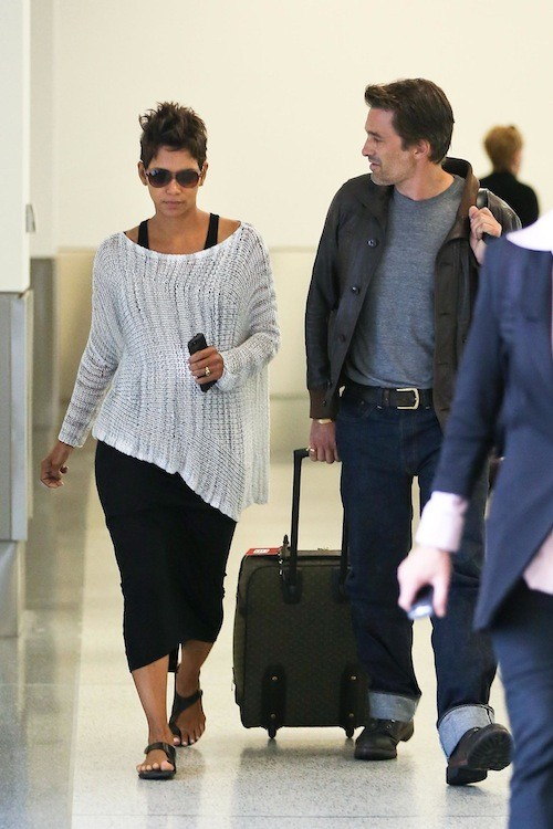 Halle Berry et Olivier Martinez à l'aeroport de Los Angeles