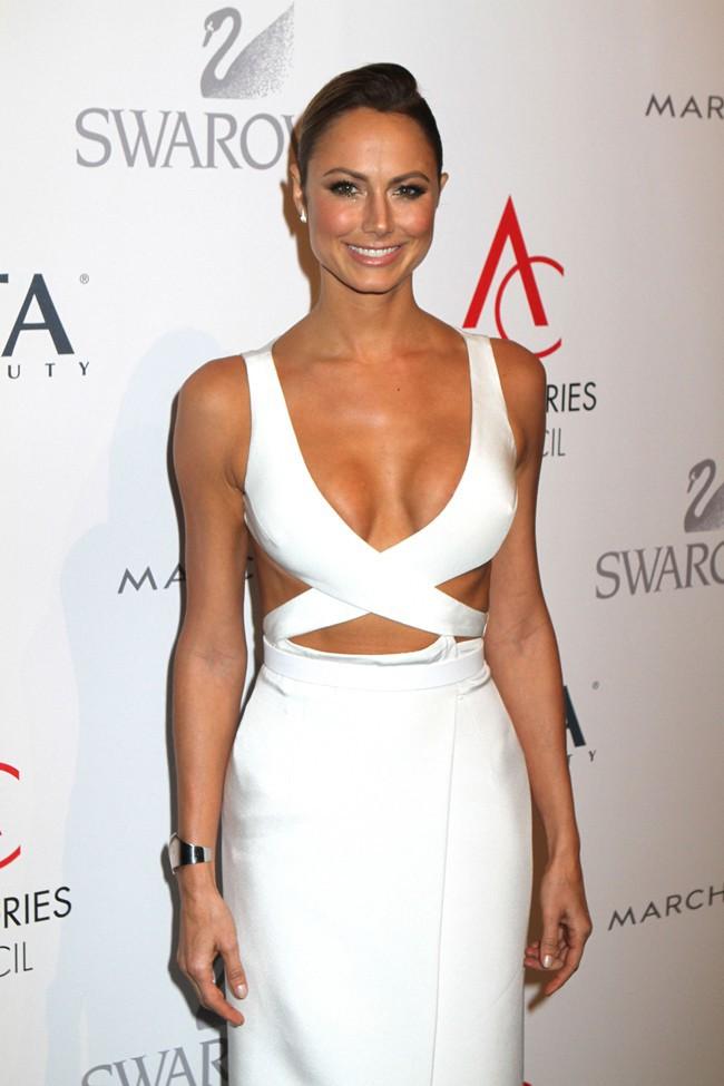 Stacy Keibler à la soirée des ACE Awards organisée à New-York le 4 novembre 2013