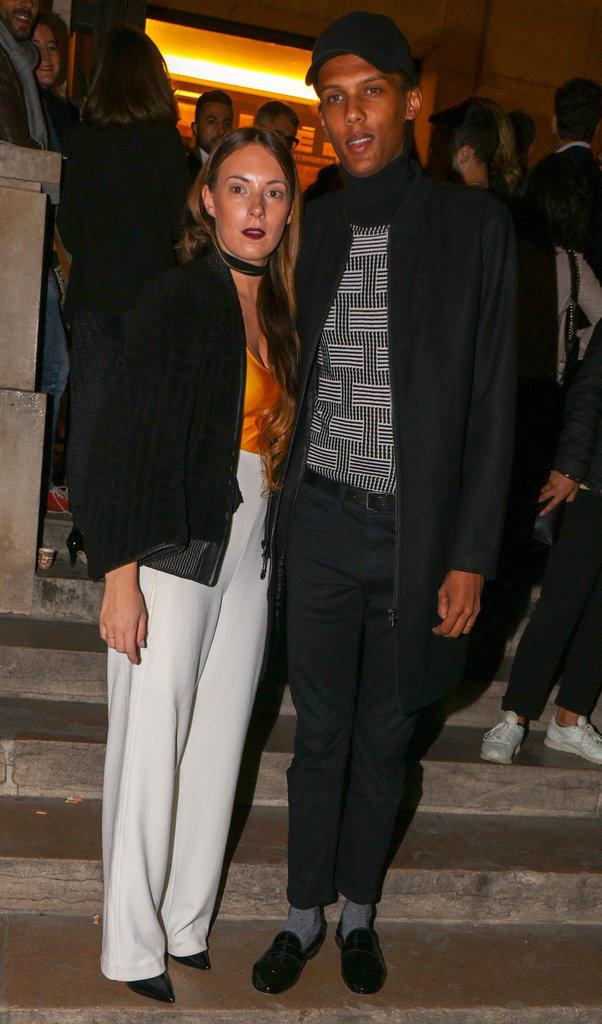 Le couple Coralie Barbier & Stromae, stylé au défilé Kenzo à Paris le 4/10/16