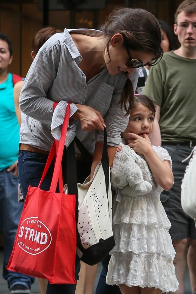 Katie Holmes et Suri Cruise le 6 août à New York