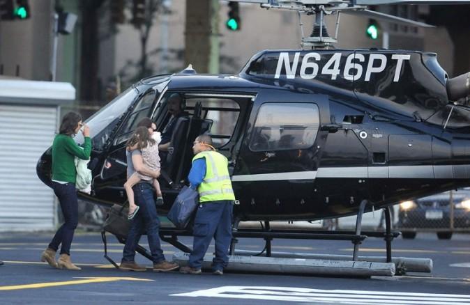 Elle prend l'hélicoptère comme d'autres prennent le métro...