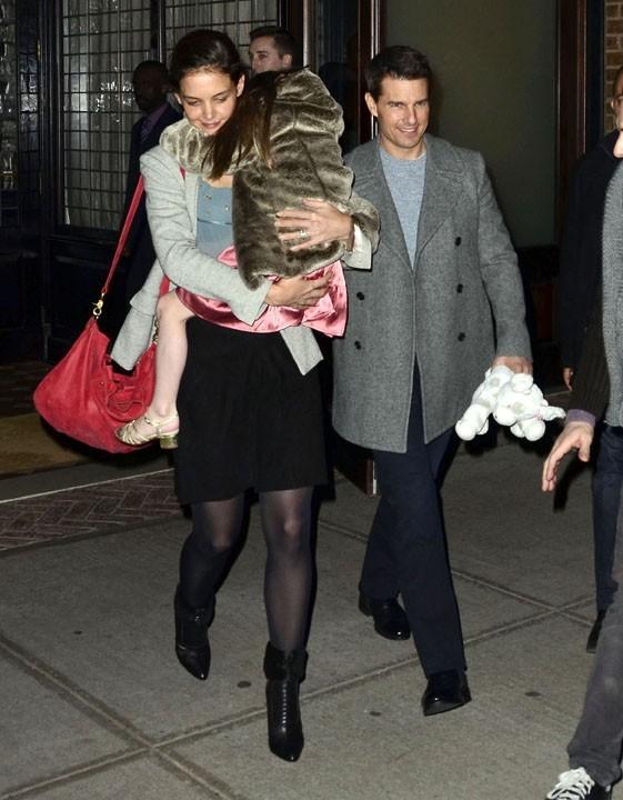Katie Holmes, maman câline !
