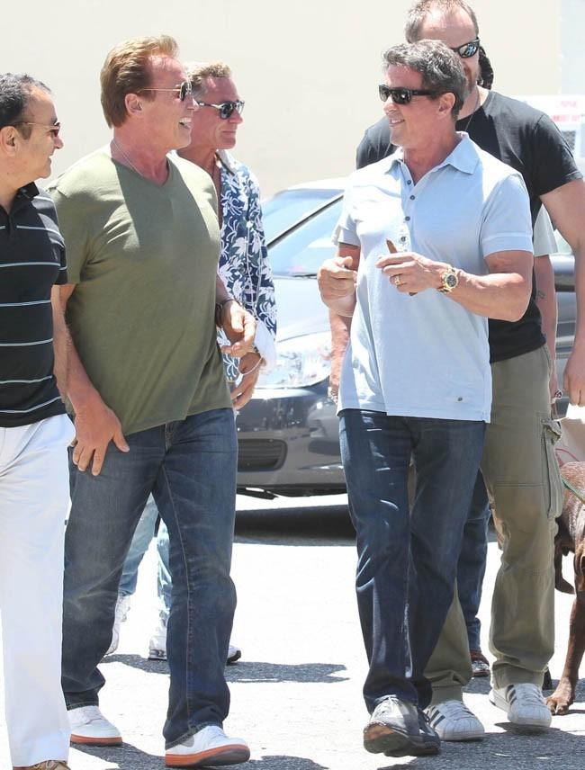 Sylvester Stallone et Arnold Schwarzenegger le 1er juillet 2012 à Beverly Hills
